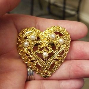 Vtg. Heart Brooch